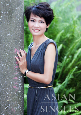 Single girl Longjiang 28 years old