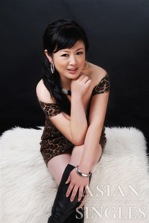 Asian bride Rui (Ruby) from Jilin City