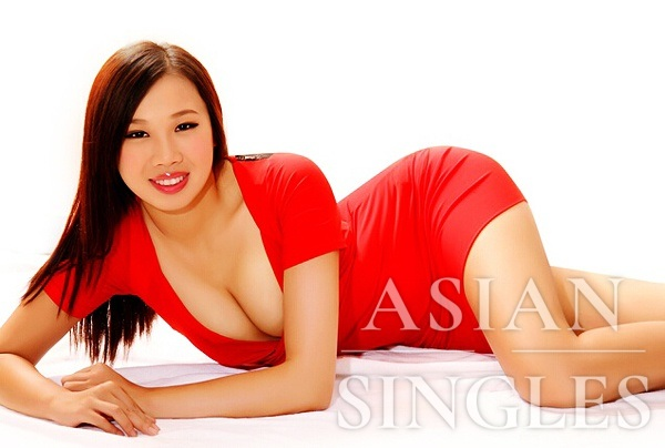 Single girl Jiaming (Phoebe) 24 years old