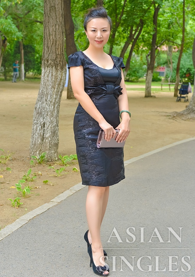 Asian bride Li (Lily) from Shenyang