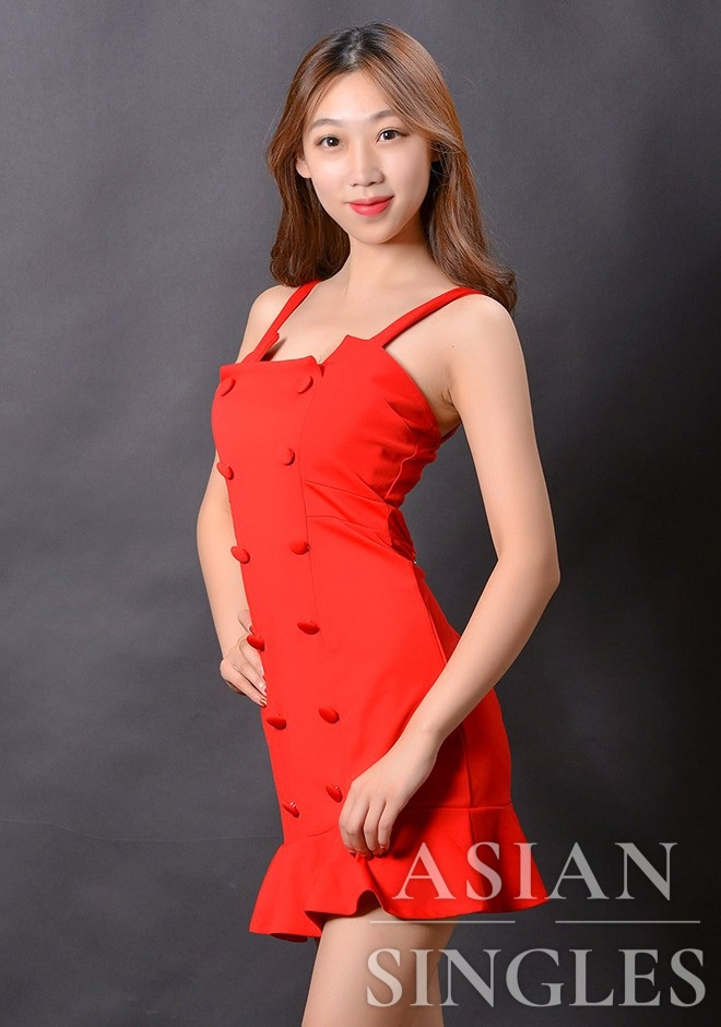 Asian bride Shuwen from Shenyang