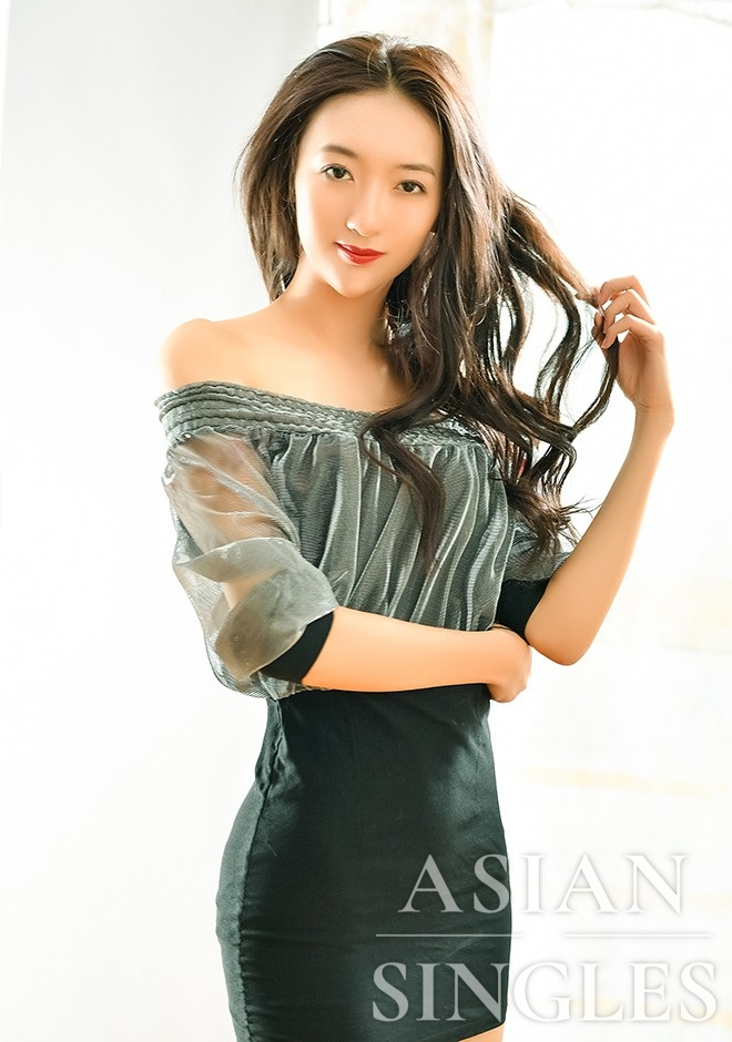 Asian bride Bohuai from Shenyang
