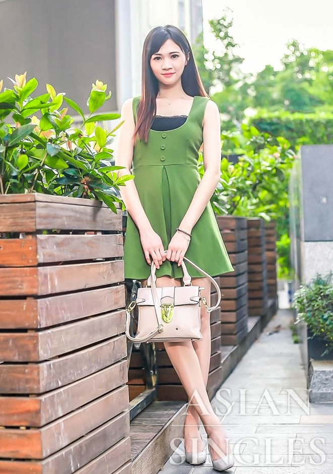 Single girl Jiayu 30 years old