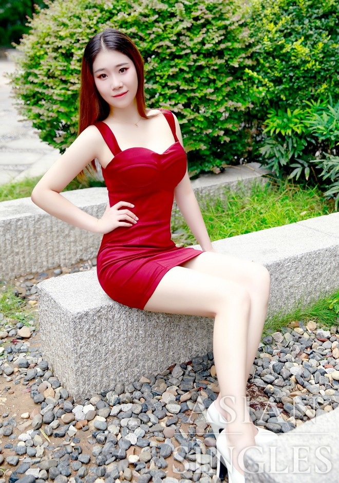 Asian bride Zijie from Changsha