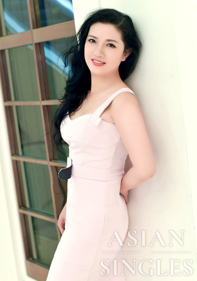 Single girl Weihua 48 years old