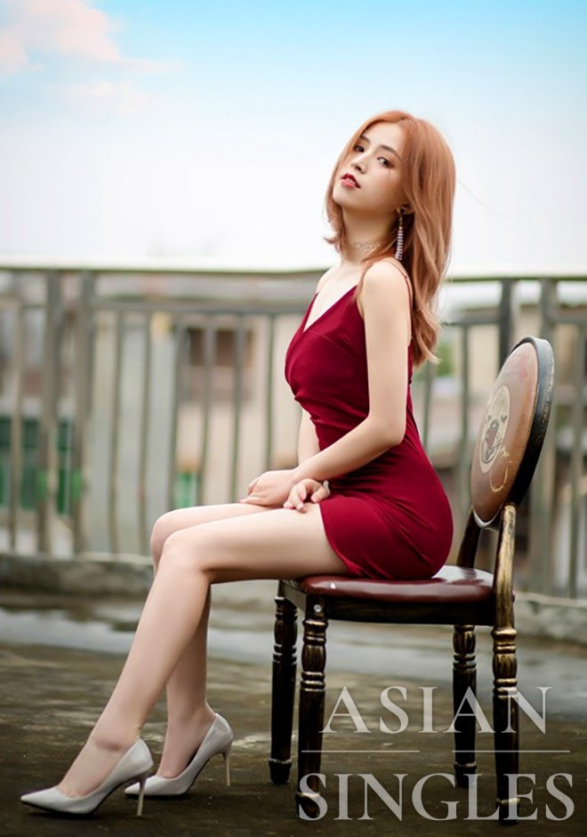 Asian bride Xiaoju from Nanchang